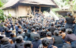 Ammatoa Ritual,Toraja Adventure,SOUTH & CENTRAL SULAWESI 9D8N TOUR