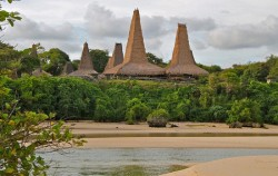 Ratenggaro Village,Sumba Adventure,Sumba  Traditional  Tour 4N 5D