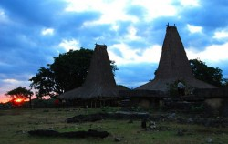 Ratenggaro Village image, Sumba Exotic Tour 7D 6N, Sumba Adventure
