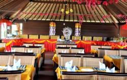 Table Setup,Bali restaurants,Bali Madu Sari Restaurant
