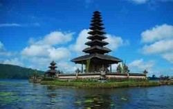 Taman Ayu Temple,Bali Sightseeing,Bedugul and Taman Ayun Temple Tour