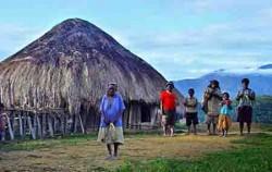 House Wamena,Papua Adventure,Jayapura-Wamena-Kurima Tour 6 Days and 5 Nights