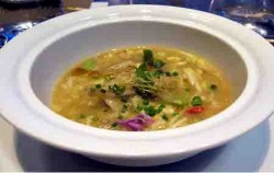 Hot and Sour Soup,Bali Restaurants,King Crab Dena's Cafe