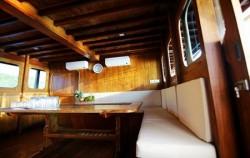 Adishree Living Area,Komodo Boats Charter,Phinisi Boat Adishree
