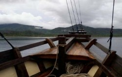 Apik Phinisi, Komodo Boats Charter, Apik Phinisi Deck