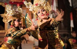 Legong Dance image, Full Day Packages, Bali Tour Packages