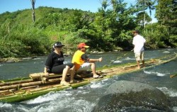 Bamboo Rafting,Borneo Island Tour,Borneo Overland Trip I 8 Days 7 Nights