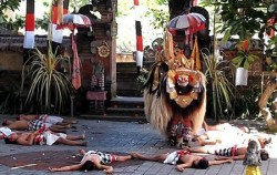 One Day Tour with Barong Dance, Bali Tour Packages, Barong and Keris Dance