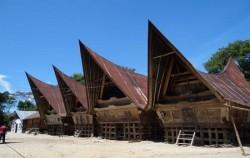 Batak Toba Traditional Village,Sumatra Adventure,Medan Lake Toba Holidays A 4 Days 3 Nights