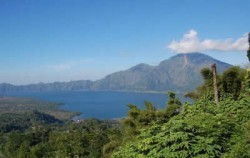 Batur Lake image, Kintamani and Tirta Empul Tour, Bali Sightseeing