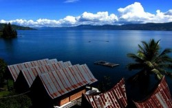 North Sumatra Special Tour 9 Days 8 Nights, Sumatra Adventure, Beautiful Lake Toba