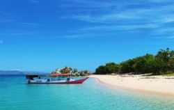 Bidadari Island image, Komodo - Gili Laba Tour 4 Days 3 Nights, Komodo Adventure