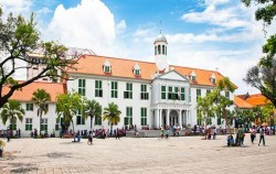 Fatahillah Square image, Nostalgic of Batavia Town, Jakarta Tour