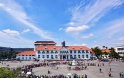Jakarta Ancient Tour, Jakarta Tour, Fatahillah Square