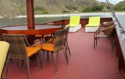 Florence Deck image, Phinisi Florence, Komodo Boats Charter