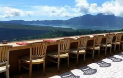 With Kintamani Volcano View,Bali Restaurants,Grand Puncak Sari Restaurant