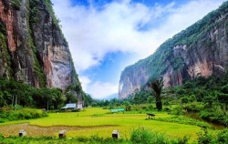 Harau Valley View image, Grand Tour Experience 19 Days, Sumatra Adventure