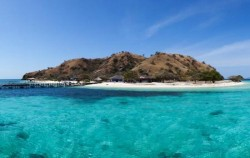 Kanawa Island,Komodo Adventure,Komodo Island Adventure 5 days 4 Nights