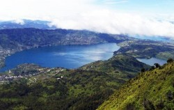 Twin Lake Diatas and Dibawah,Sumatra Adventure,Kubu Primitive Tribe 6 Days 5 Nights