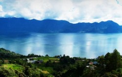 Lake Maninjau image, Minangkabau Tour 5 Days 4 Nights, Sumatra Adventure