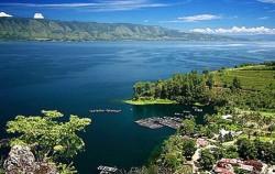 Beautiful Lake Toba,Sumatra Adventure,Exotic Bukit Lawang and Lake Toba Tour 6D 5N