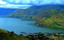 Explore Tangkahan Tour B 7 Days 6 Nights, Sumatra Adventure, Lake Toba