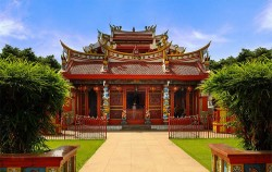 Manado Chinese Temple,Manado Explore,Manado Tour 3 Days & 2 Nights Package