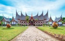 Overland Tour 8 Days 7 Nights, Sumatra Adventure, Minangkabau Traditional Villag