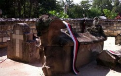 Old Tomb Sidabutar Kings,Sumatra Adventure,Explore Sumatra 13 Days 12 Nights