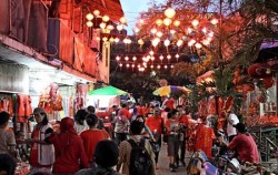 Trails of China Town, Petak Sembilan Tour