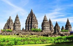 Prambanan Temple image, Ijen Crater Tour 4 Days 3 Nights, Ijen Crater Tour