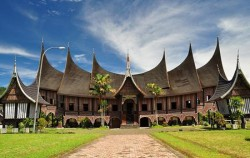 Rumah Gadang,Sumatra Adventure,Minangkabau Tour 4 Days 3 Nights