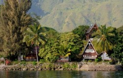 Samosir Island image, Bukit Lawang and Lake Toba Tour 6 Days, Sumatra Adventure