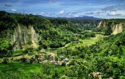 Sianok Grand Canyon,Sumatra Adventure,Minangkabau Tour 5 Days 4 Nights