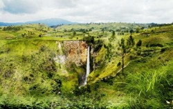 Explore Tangkahan Tour B 7 Days 6 Nights, Sumatra Adventure, Sipiso-Piso Waterfall