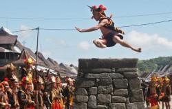 Stone Jumping,Sumatra Adventure,Nias Island Tour 4 Days 3 Nights
