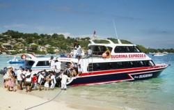 Departure,Lembongan Fast boats,Lembongan Sugriwa Express