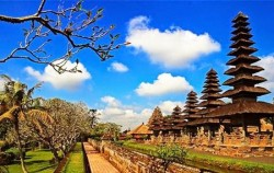 One Day Tour with Kecak Dance, Bali Tour Packages, Taman Ayun Temple