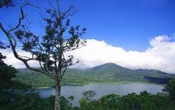 Tamblingan Lake,Bali Sightseeing,Overnight and Dolphin Tours
