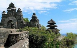 Uluwatu Temple,Bali Overnight Pack,Bali Overnight Package 3 Days and 2 Nights