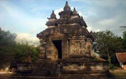 Yogya & Beyond 3 Days and 2 Nights Tour, Mendut Temple